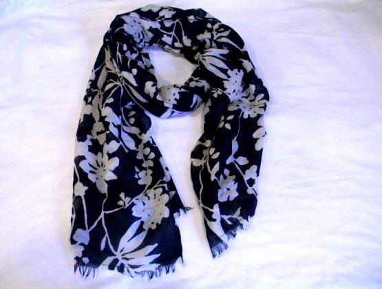 black & white floral scarf-oblong fringed