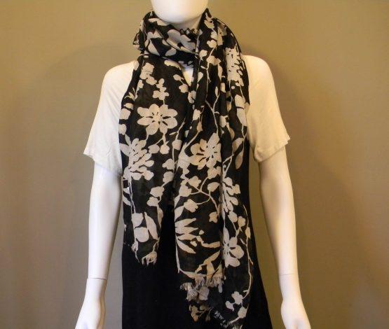 black & white floral scarf fringed fit