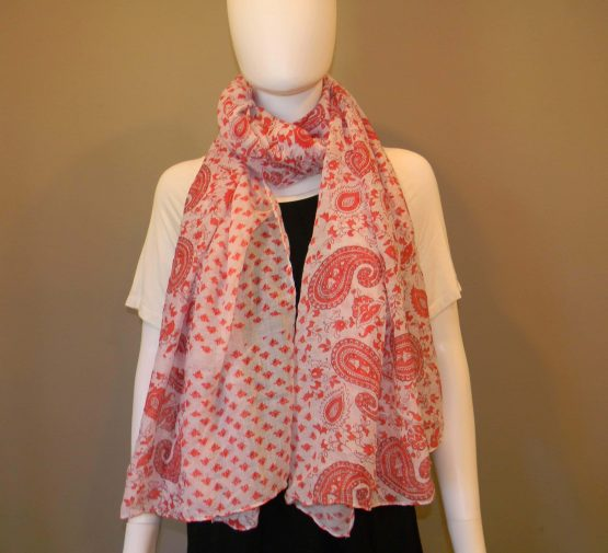 Large Paisley Scarf Fit
