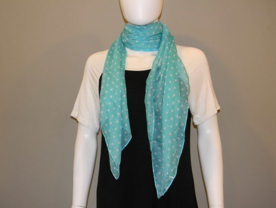 Polka Dot Scarf Fit